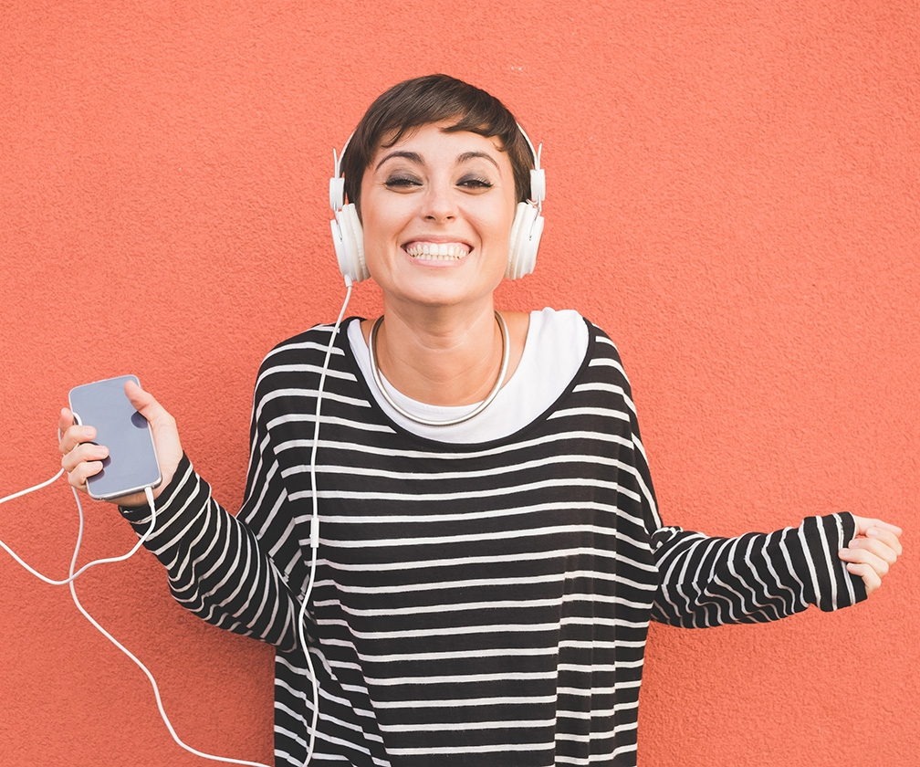 The Best Design Podcasts: 15 Entertaining, Insightful Podcasts for Designers