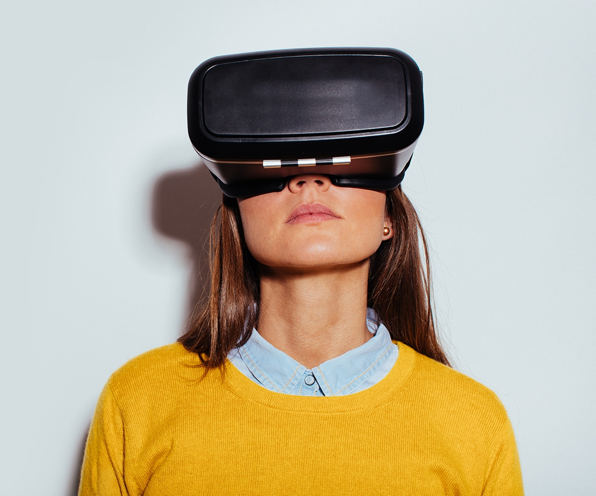 What's happening in VR right now: From psychedelic art to combat therapy