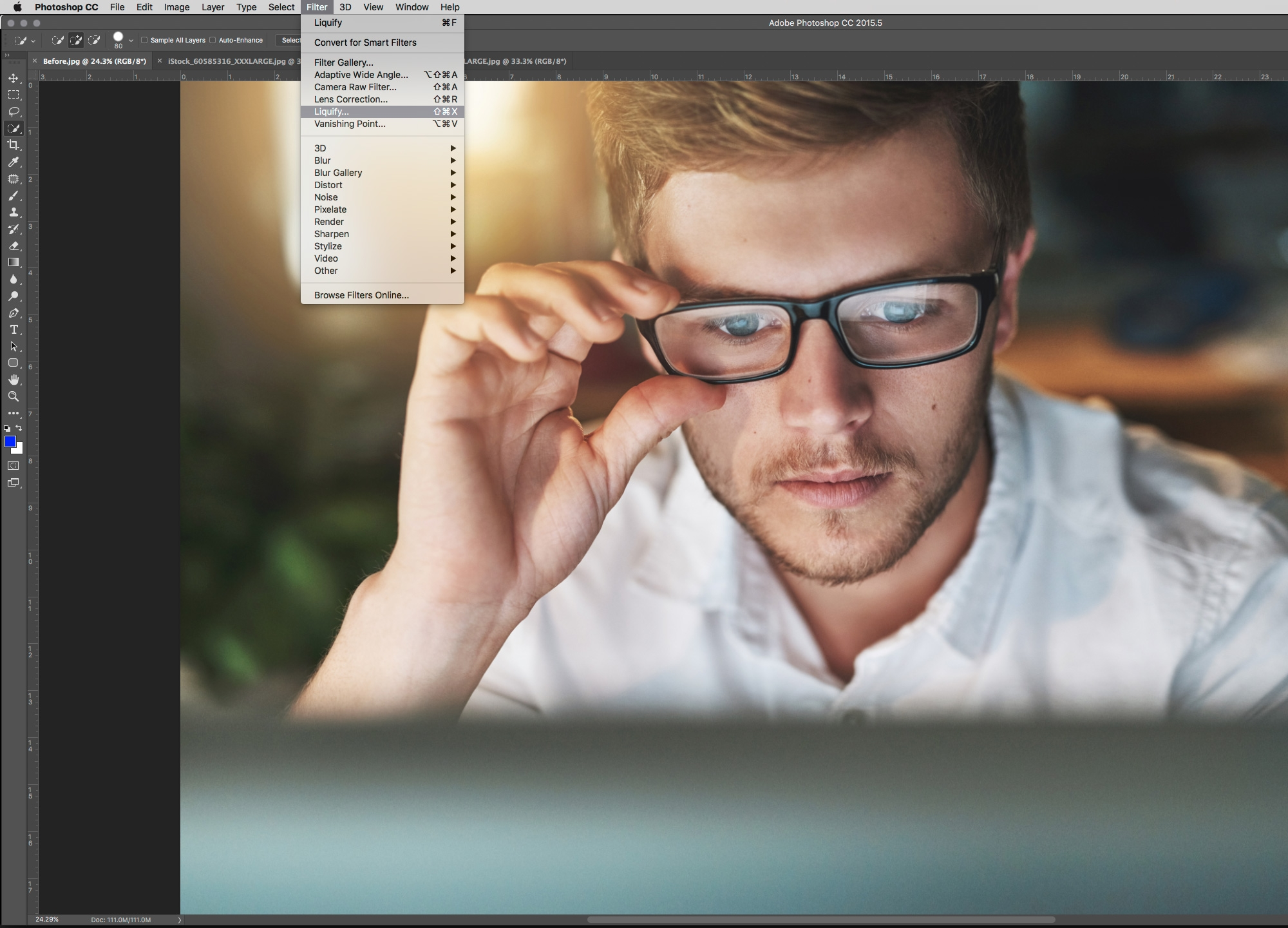 Photoshop tutorial: Use Face Aware Liquify to add smiles and