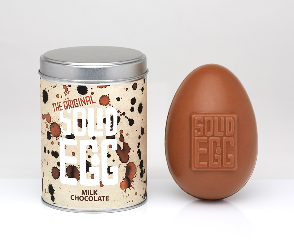 These solid Easter eggs will delight both the child and artist in you